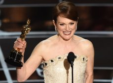 Julianne Moore, Academy Awards