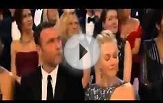 Oscar 2013 Best Actress JENNIFER LAWRENCE Falls On Stage